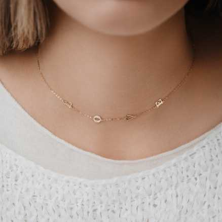 Brilliant necklace Love Letters, 14kt zlato na těle