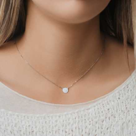 Diamond necklace Moonlight, 14K gold na těle