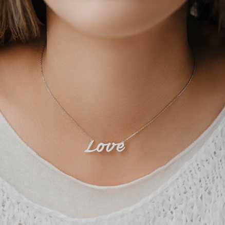 Diamond necklace Love Treasure, 14K gold na těle