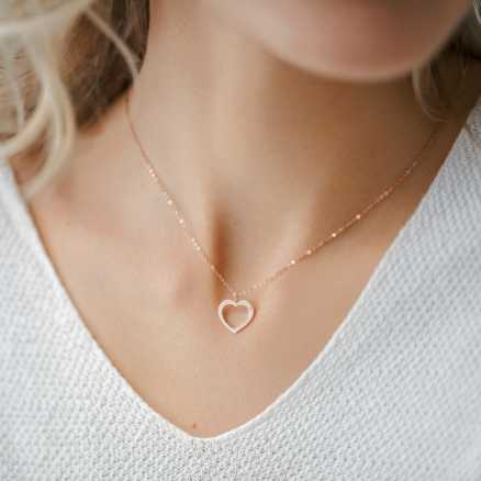 Brilliant necklace One Heart, 14kt zlato na těle